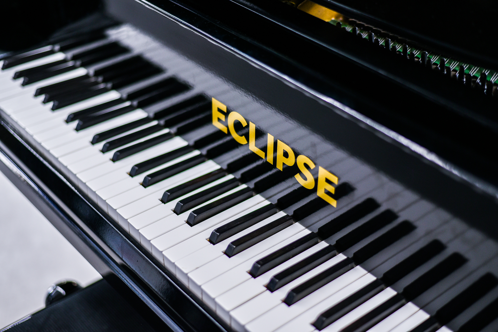 ECLIPSE17-lowres-9210